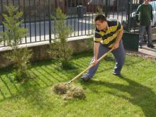 Gardening independently